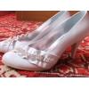Продаю новые белоснежные свадебные туфельки