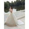 Продам свадебное платье со шлейфом
